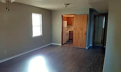 Building, 634 N Van Buren St, 1