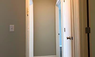 Bathroom, 911 Riviera Dr, 2