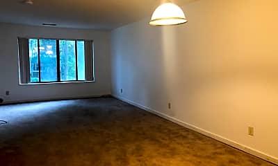 Living Room, 36 DeAllyon Avenue Unit 105, Springwood Villas, 2