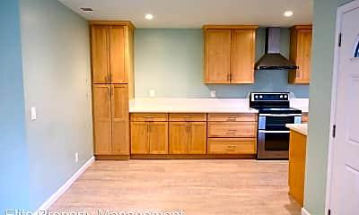Kitchen, 2838 Seine Ave, 1