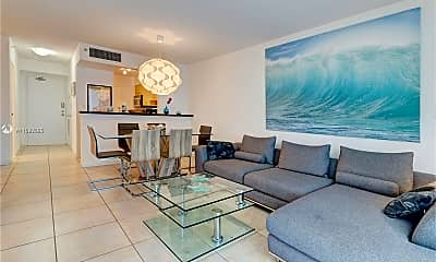 Living Room, 9195 Collins Ave 606, 1