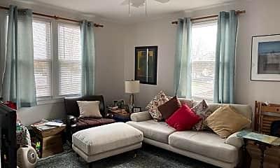 Living Room, 59 Stuyvesant Ct, 1