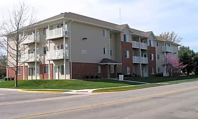 Building, 1401 N Dakota Ave, 1