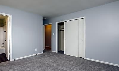 Bedroom, 903 Benjamin Pkwy, 2