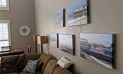 Living Room, 565 Esplanade, 1