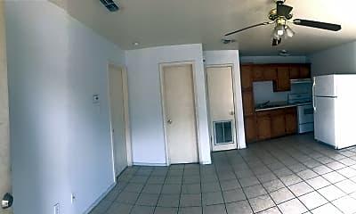 Bathroom, 514 N 6th St, 1