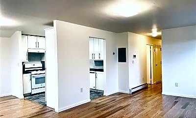 Living Room, 60-16 80th Ave 3FL, 2