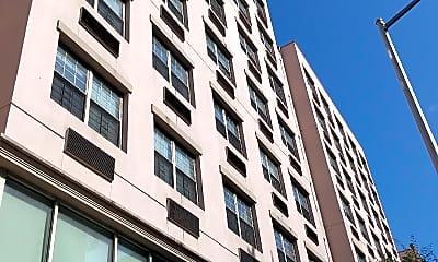 The Gigi Building, 0