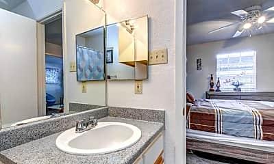 Bathroom, Montebello Gardens Apartments, 2