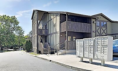 Building, 525 N Dupont Ave, 1