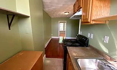 Kitchen, 143 Putnam St, 1