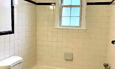 Bathroom, 2711 Q St SE, 1