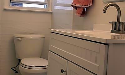 Bathroom, 88-09 Winchester Blvd 1ST, 2
