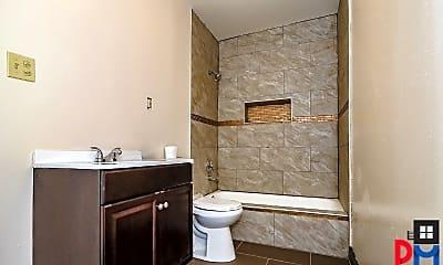 Bathroom, 152A Saratoga Ave, 2
