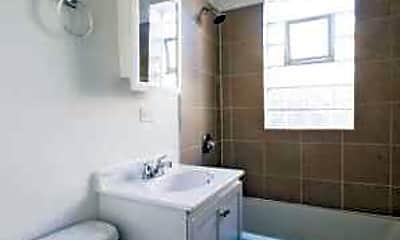 Bathroom, 2838 E 91st St, 2