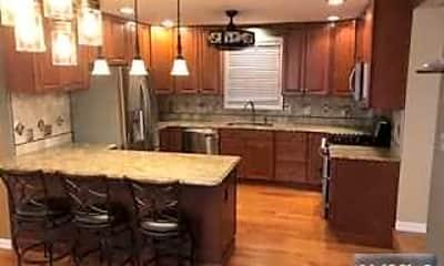 Kitchen, 158 Ridge Rd, 1