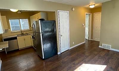 Kitchen, 1300 Selby Ave, 1