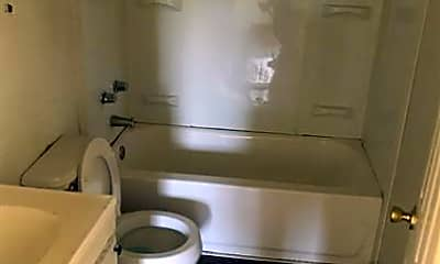 Bathroom, 116 Grape St, 2