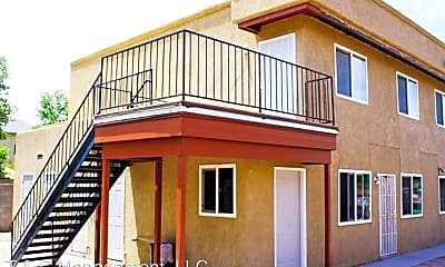Building, 304 Whispering Sands Ct SE, 1