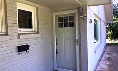 Patio / Deck, 633 E N 18th St, 1