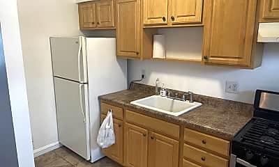 Kitchen, 6820 Eastbrook Ave, 2