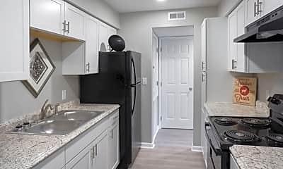 Kitchen, 2340 Hamilton Ave, 2