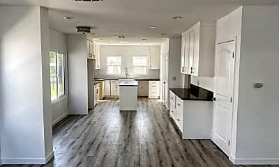 Living Room, 5506 Ruthelen St, 0