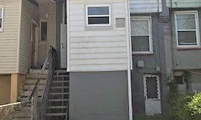 Building, 3324 Ravenwood Ave, 2