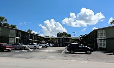 Riverpark Apartments, 2