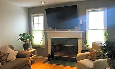 Living Room, 8222 Chester Pkwy, 1