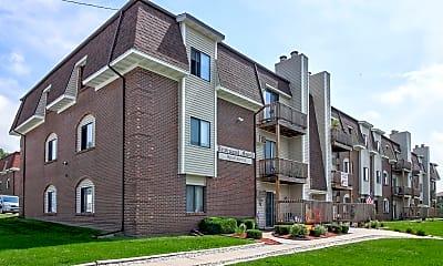Building, Briarwood Grand Apartments, 0
