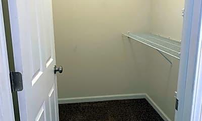 Bathroom, 4103 Woodland Hills Cir, 2