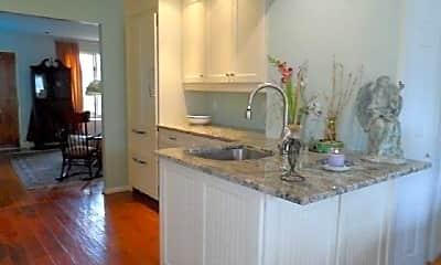 Kitchen, 129 Flamingo St, 0