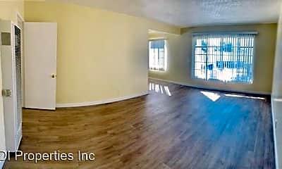Living Room, 3862 Potomac Ave, 1