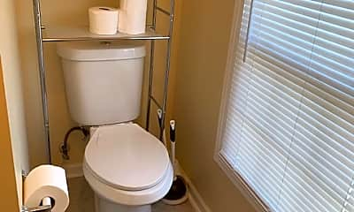 Bathroom, 1566 Elizabeth St, 2