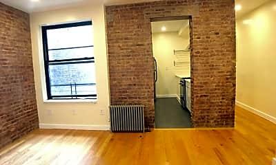Living Room, 570 W 182nd St 3-D, 2