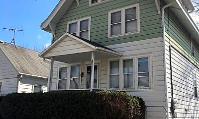 Building, 8813 W Maple St, 1