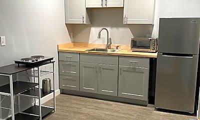 Kitchen, 306 Grant St, 1