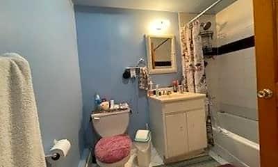 Bathroom, 91-15 97th Ave, 2