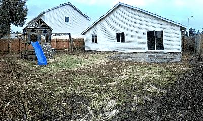 Building, 12502 NE 19th St, 1