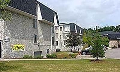 Walker Park Apartments, 0