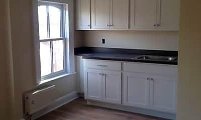 Kitchen, 168 Lander St, 1
