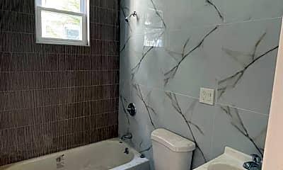 Bathroom, 738 Lyons Ave, 1