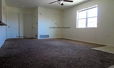 Living Room, 2413 Tremont Ave B3, 1