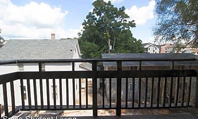 Patio / Deck, 405 E Stoughton St, 2