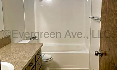 Bathroom, 1552 Evergreen Ave NE, 2