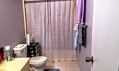 Bathroom, 47 Cedar St 13, 2