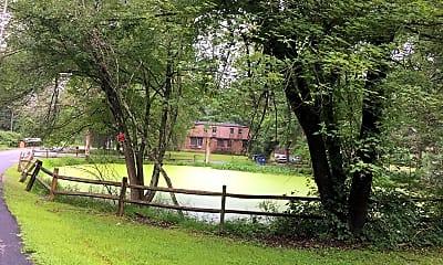Partridge Hill Apartments, 2