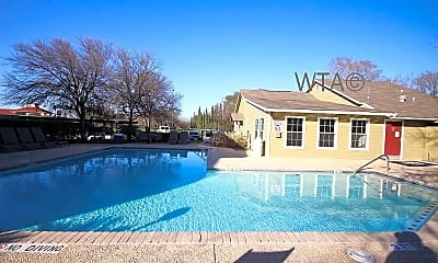 Pool, 3600 Eisenhauer, 1