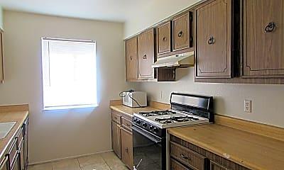Kitchen, 5340 Retablo Ave, 1